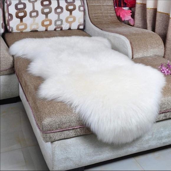Faux Fur Throw - soft & silky! New
